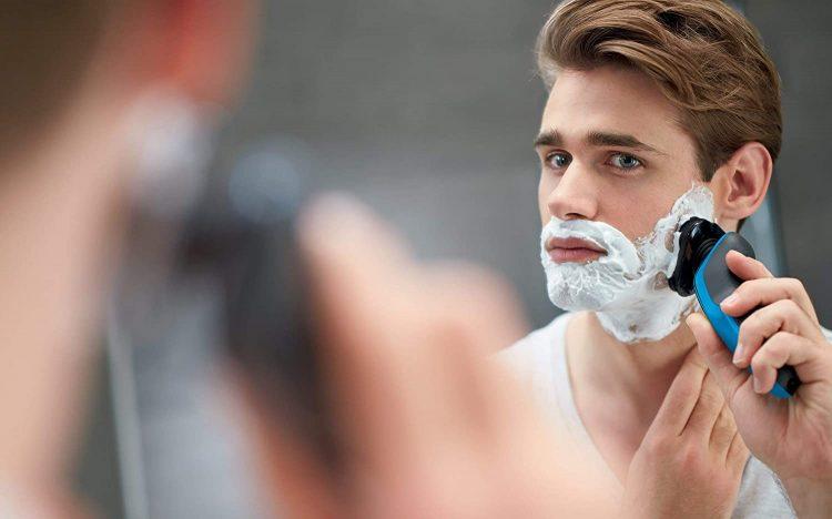 髭剃り(シェーバー)のイメージ