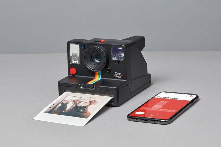 ポラロイドカメラのおすすめモデル5選。チェキやゾフォートもご紹介