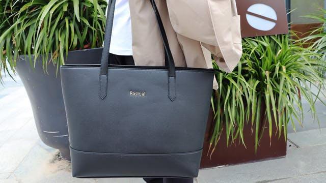 ビジネスからプライベートまで。超軽量な機能性トートバッグ「リカルマ」