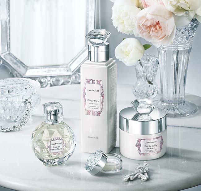 ジルスチュアートの香水おすすめ16選。かわいらしいボトルデザインが魅力