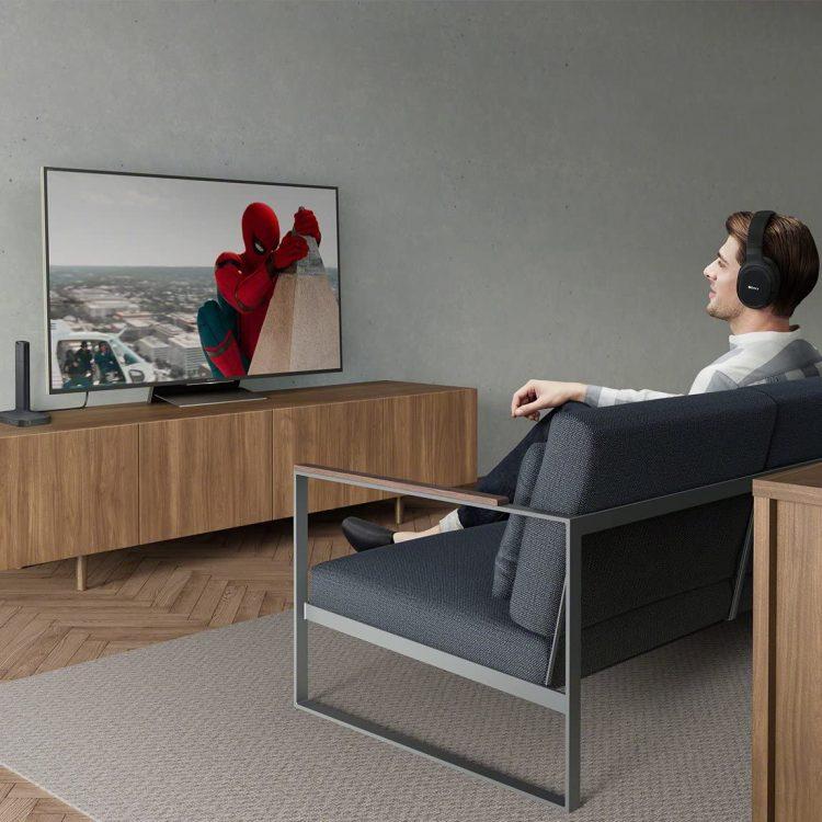 テレビ鑑賞向けワイヤレスヘッドホンのおすすめ15選。臨場感あるテレビ鑑賞を