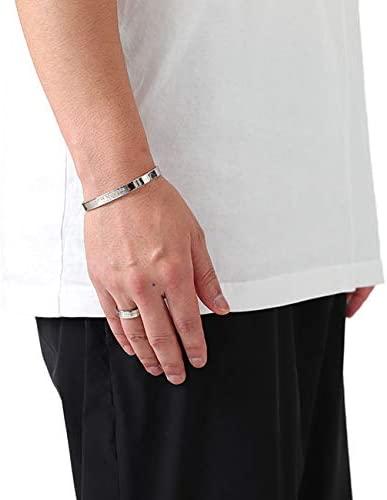 バングルのおすすめモデル24選。メンズの腕元をさりげなく飾るアイテム