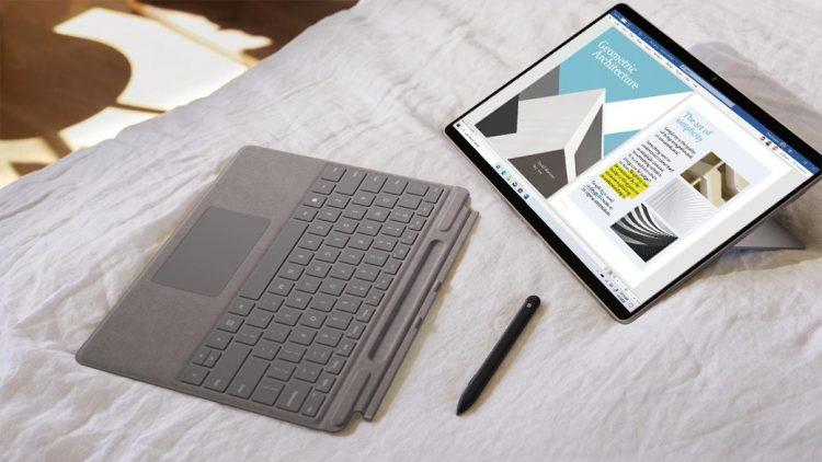 2in1 PCのおすすめ14選。ノートPCとタブレットのいいとこどり