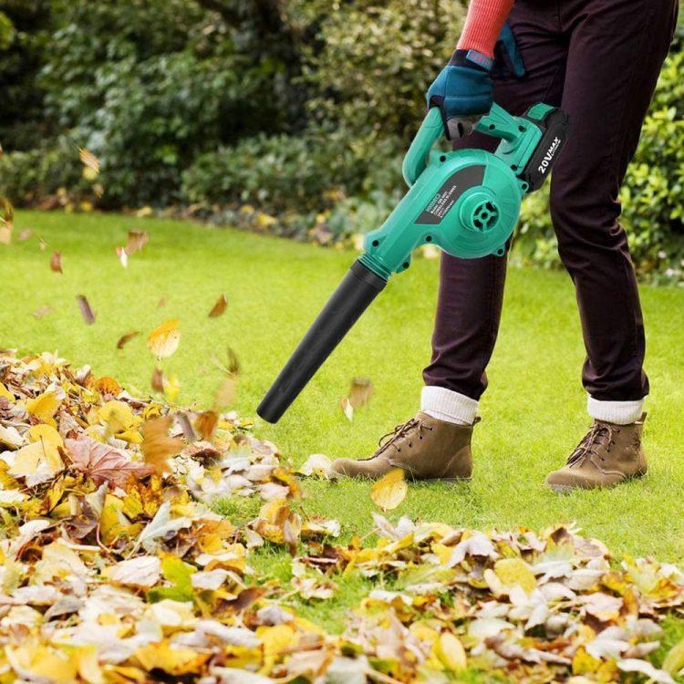 ブロワーのおすすめ19選。落ち葉掃除や洗車に役立つモデルをご紹介