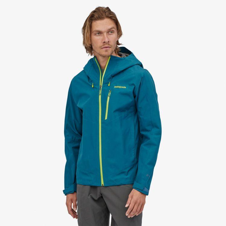 ゴアテックスジャケットのおすすめ人気メンズブランド14選。アウトドアを快適に