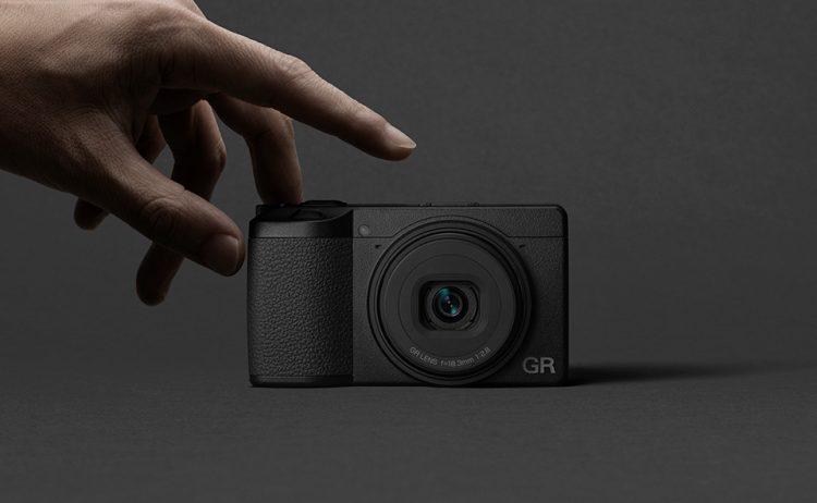 夜景に強いデジタルカメラのおすすめ15選。スマホからのレベルアップに
