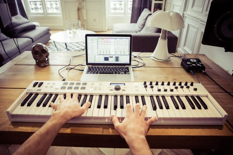 【2021年版】MIDIキーボードのおすすめ20選。DTM初心者の方も要チェック