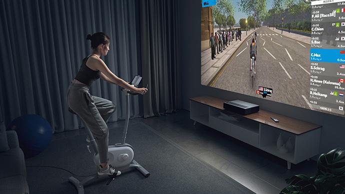 世界を旅しながら楽しくサイクルトレーニング!AIエクササイズバイク「NEXGIM MG03」