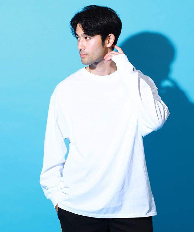 白Tシャツのおすすめブランド12選。おしゃれなメンズコーデもご紹介