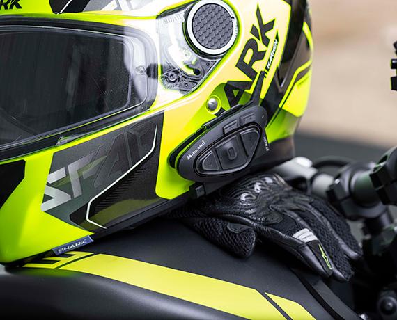 バイク用インカムのおすすめ12選。いつものツーリングがより楽しくなる