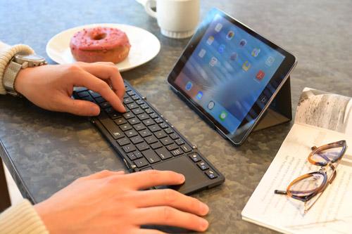【2021年版】iPadにおすすめのキーボード17選。Bluetooth対応モデルもご紹介