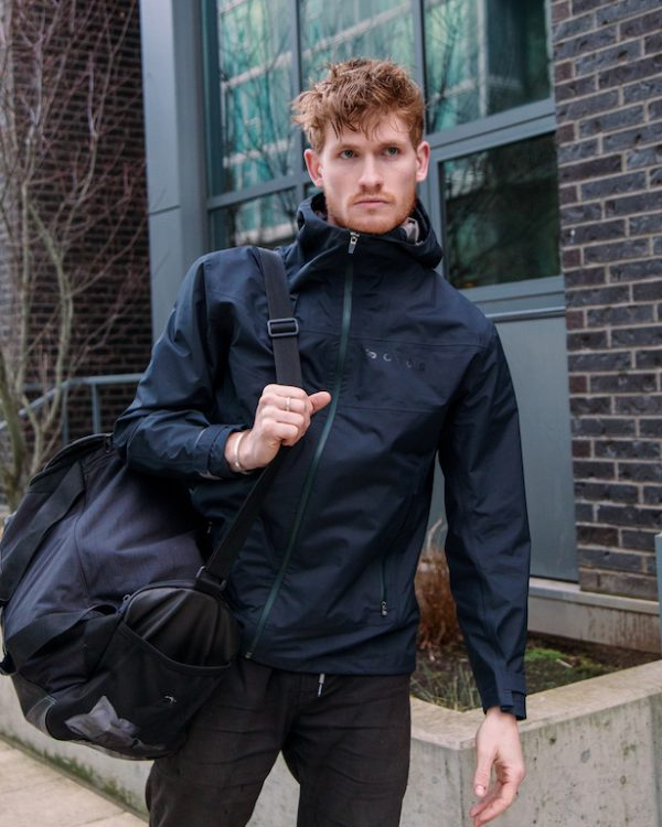 これ一着で街中から雪山まで対応!3WAY仕様のOROS最新作「GEMINIジャケット」