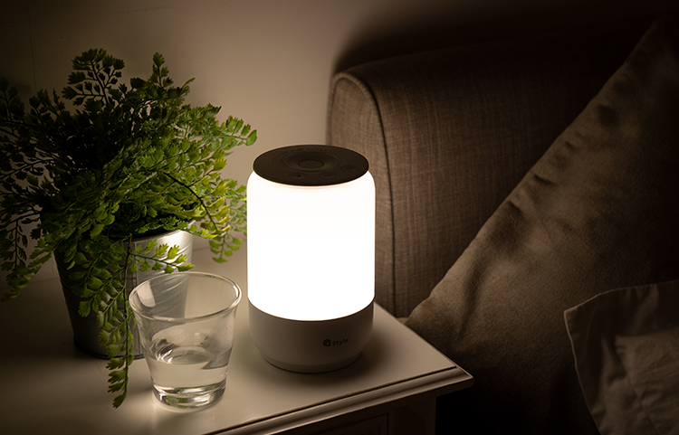 おしゃれなベッドサイドランプ20選。寝室に最適な照明アイテムをご紹介
