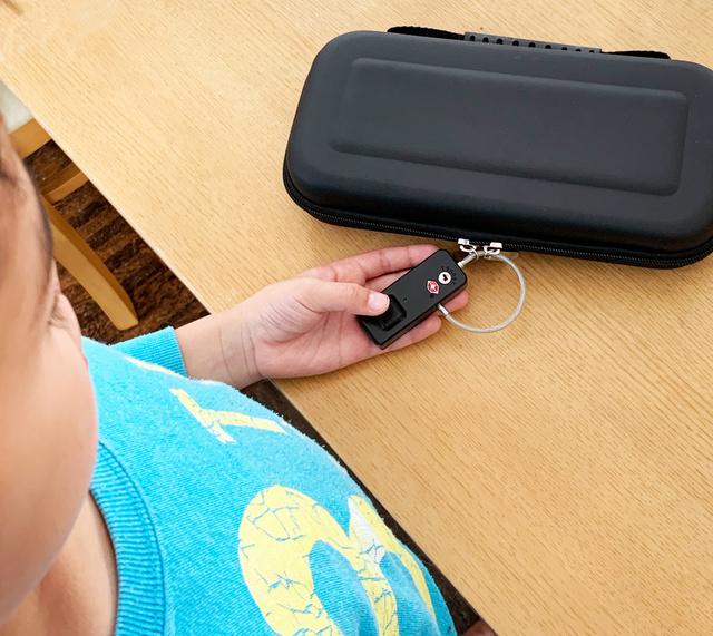 タッチ0.5秒! 単体で使える安全性の高い指紋認証キー「Yubi-key TSA+」