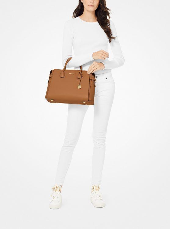 レディースビジネスバッグのおすすめ25選。A4対応の人気ブランドアイテムも