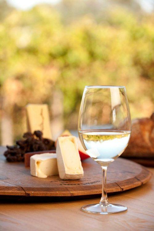 甘口の白ワインおすすめ15選。初心者でも飲みやすい銘柄をご紹介