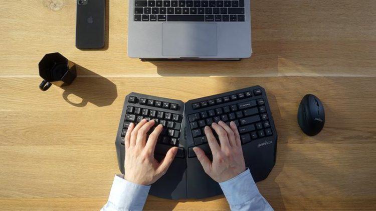 プログラマーにおすすめのキーボード10選。快適に作業できる人気モデル