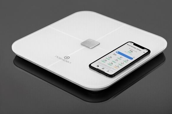 スマートフォンと連携し健康管理!スマート体重計「SENSORI」