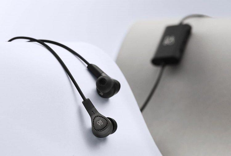 ノイズキャンセリングイヤホンのおすすめランキング8選。ワイヤレスタイプと有線タイプをそれぞれご紹介