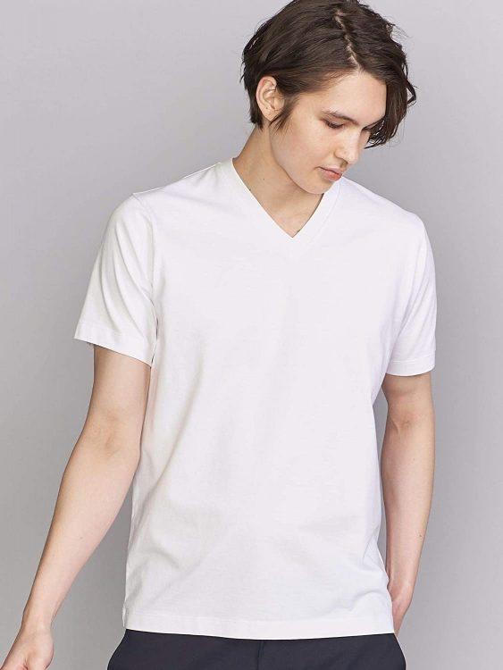 メンズVネックTシャツのおすすめブランド19選。スタイリッシュなコーデに人気