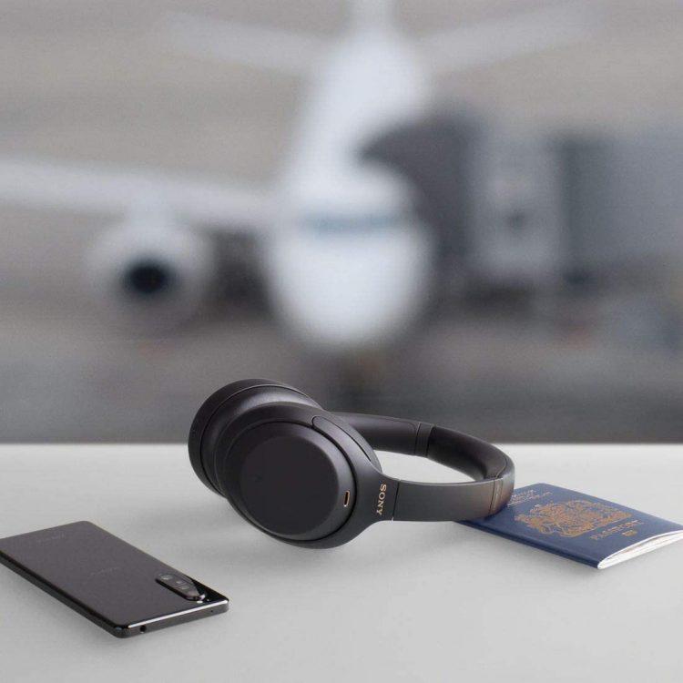 iPhone用ヘッドホンおすすめ13選。人気の高音質モデルをご紹介