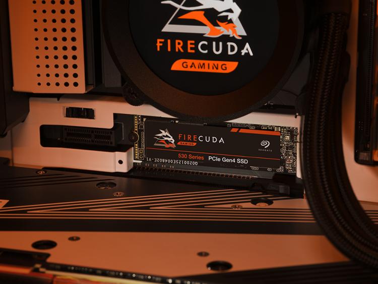 スピードと耐久性を兼ね備えた高性能モデル。SeagateのSSD「FireCuda 530」