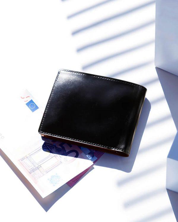 メンズ二つ折り財布のおすすめブランド24選。人気アイテムをピックアップ